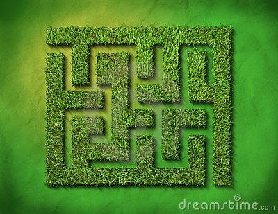 green-grass-maze-12050897